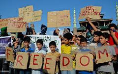 Kashmiri civilians urging a peaceful resolution. https://flic.kr/p/KWQnWx