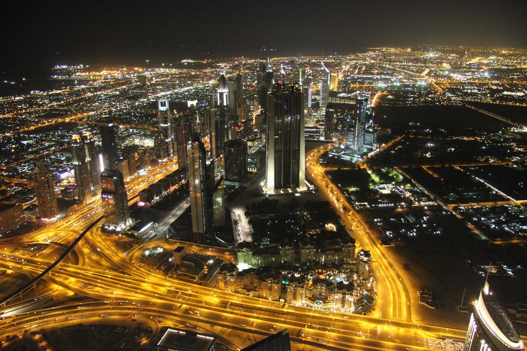 UAE at night  https://flic.kr/p/k1vc7z