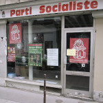 A kiosk of the French Socialist Party in 2007. Source: http://bit.ly/2haa0HX