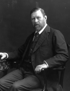"Portrait of Bram Stoker, author of ""Dracula"", in 1906. https://commons.wikimedia.org/wiki/Bram_Stoker#/media/File:Bram_Stoker_1906.jpg"